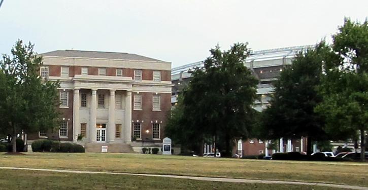 University of Alabama | http://bit.ly/2bKdj3p